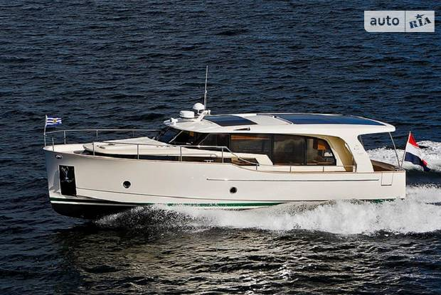Greenline 40 1-е поколение Яхта
