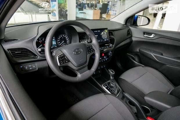 Hyundai Accent Active