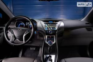 Hyundai elantra MD Седан