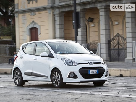 Hyundai i10 1.1 AT (65 л.с.) 2009