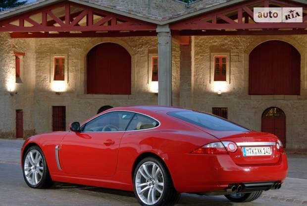 Jaguar XK 2 поколение Купе