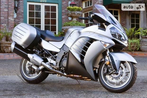 Kawasaki GTR 4 поколение Мотоцикл