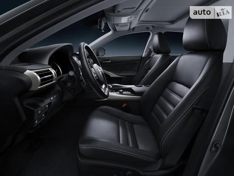Lexus IS 2005