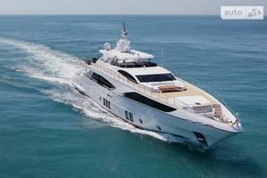 Majesty 122 1-е поколение Яхта