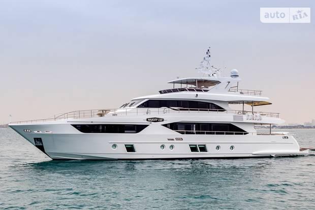 Majesty 125 1-е поколение Яхта