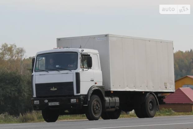 МАЗ 533605 1 покоління (рестайлінг) Фургон