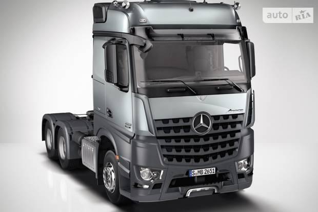 Mercedes-Benz Arocs I поколение Тягач