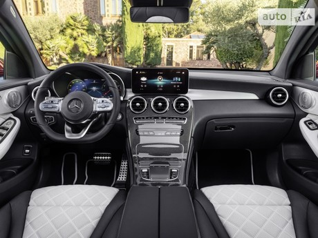 Mercedes-Benz GLC-Class 2019