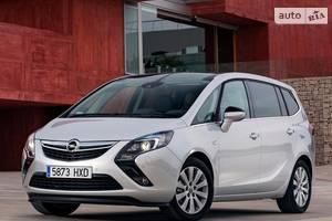 Opel zafira C Микровэн