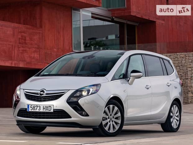 Opel Zafira C Мікровен