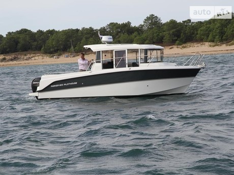 Parker 800 Pilothouse 2021