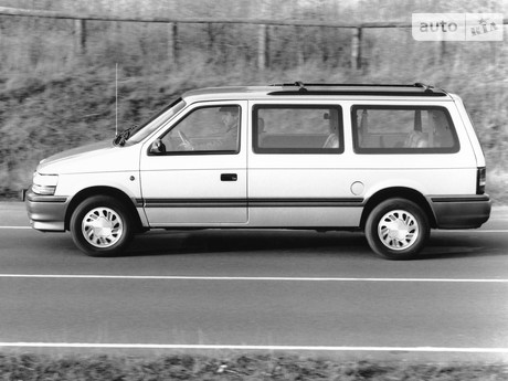 Plymouth Voyager 2000