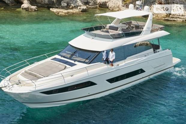 Prestige Yachts Yachts Division I поколение Яхта