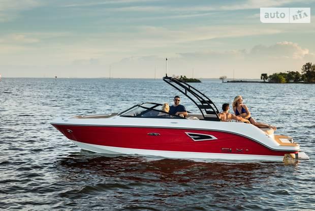 Sea Ray 210 SLX 1-е поколение Катер