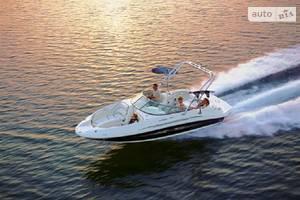Sea Ray 220-sundeck-outboard 1-е поколение Катер