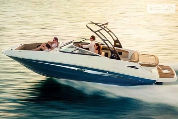 Sea Ray 240 Sundeck 1-е поколение Катер