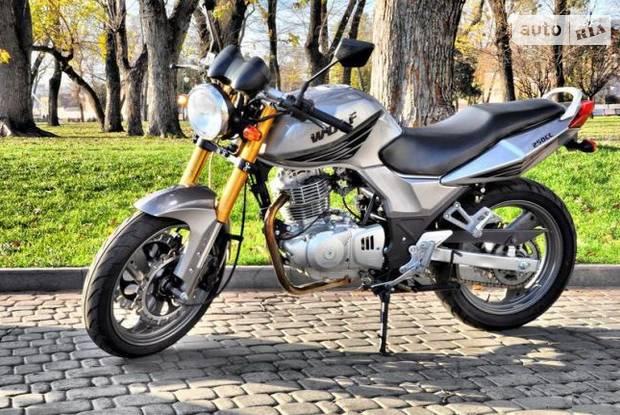 SkyMoto Wolf 1 покоління Мотоцикл