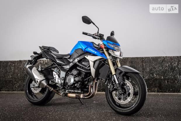 Suzuki GSR 5 поколение Мотоцикл