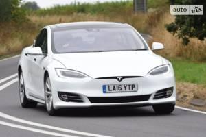 Tesla model-s І покоління, 1 рестайлінг Седан