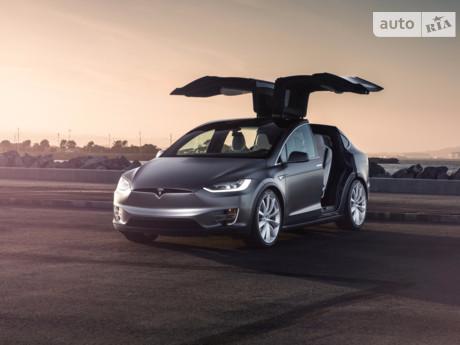 Tesla Model X 90D (422 л.с.) AWD 2016