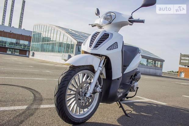 Tourer 200 2 покоління Скутер