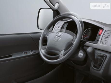Toyota Hiace пасс.