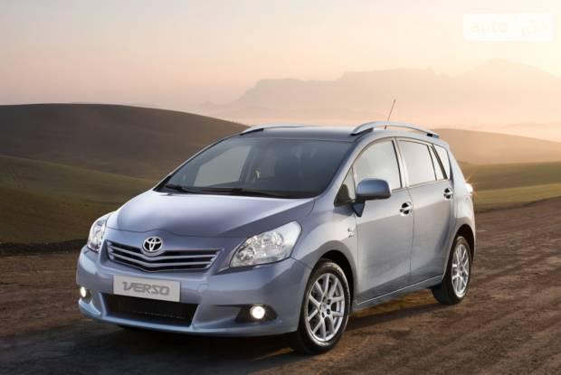 Toyota Verso 1 покоління Мікровен