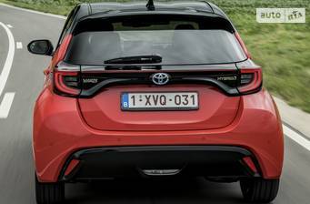 Toyota Yaris 2021 Elegant