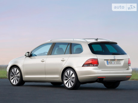 Volkswagen Golf Variant VI 1.6D MT (105 л.с.) 2013