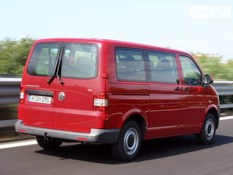 Volkswagen T5 (Transporter) пасс. 1.9 TDI МТ (76 kw) 2004