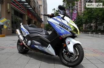Yamaha T-MAX 2020