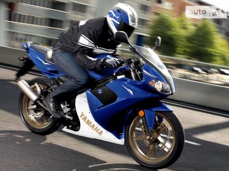 Yamaha TZR 2012