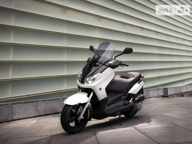 Yamaha X-Max 2 покоління Скутер