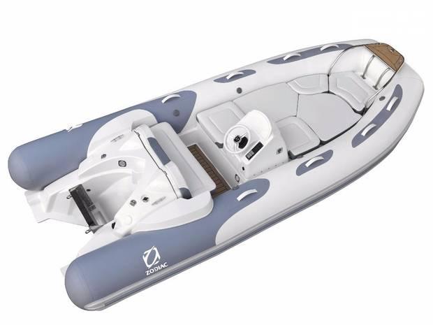 Zodiac Cadet 2 покоління Човен