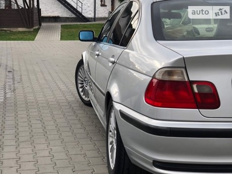 BMW 330 1999
