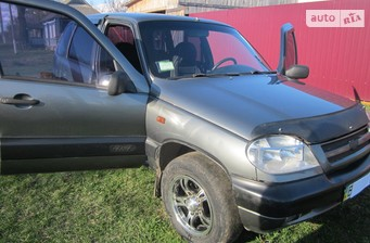 Chevrolet Niva 1.7 MT (80 л.с.) 2005
