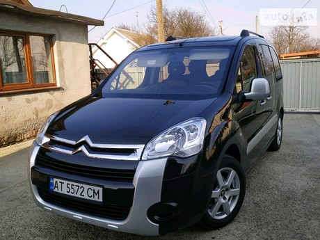 Citroen Berlingo пасс. 1.6 MКПП (90 л.с.) 2011