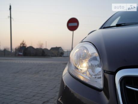 Fiat Linea 1.3D MT (90 л.с.) 2013