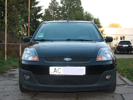 Ford Fiesta 1.4 MT (95 л.с.)  2008