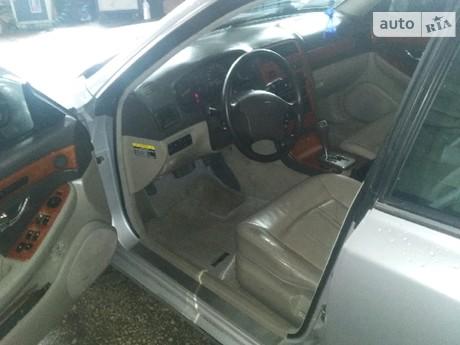 Hyundai XG 2000