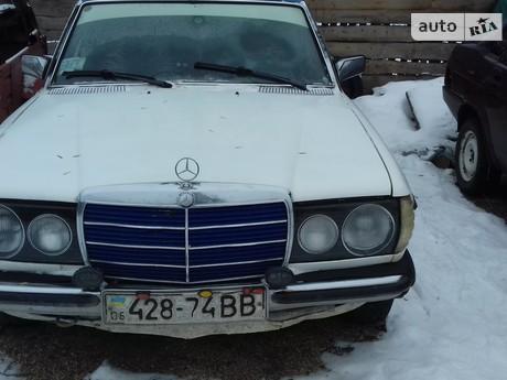Mercedes-Benz 240 1984