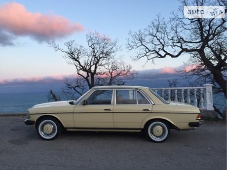 Mercedes-Benz 250 1980