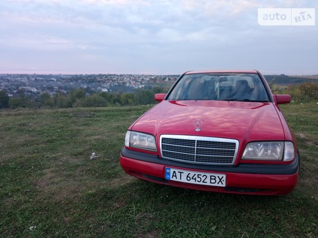 Mercedes-Benz E 220 1995