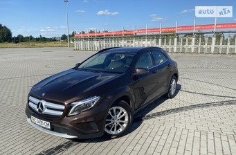 Mercedes-Benz GLA 200 2014