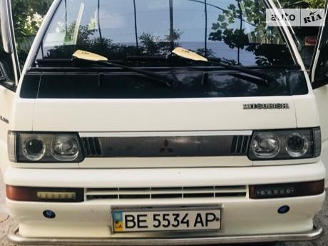 Mitsubishi Delica 1993
