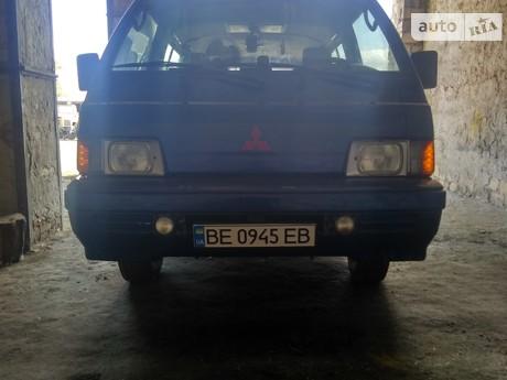 Mitsubishi L 300 пасс. 1988