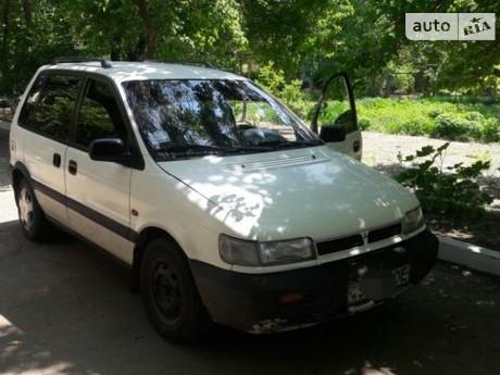 Mitsubishi Space Runner 1993