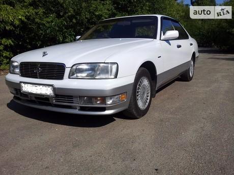 Nissan Gloria 1999