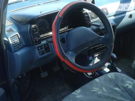 Nissan Prairie 1991