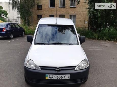 Opel Combo пасс. 2010